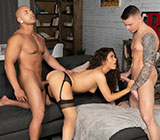 "WhyNotBi: Gunner Canon, Victoria Voxxx and Leon Lewis' raw threesome in ""Thirst Trap"""